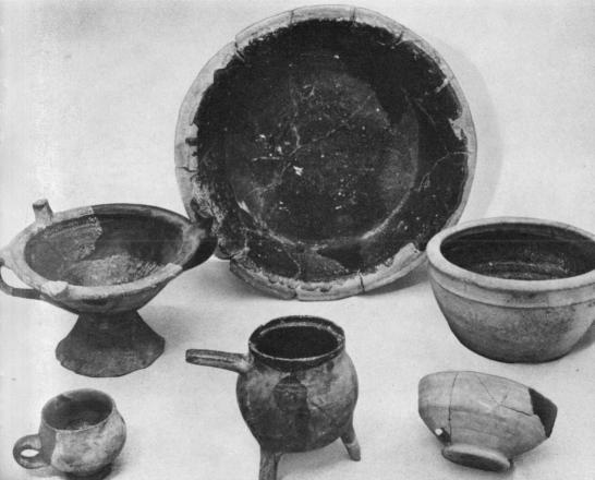 C17 ceramics Jamestown