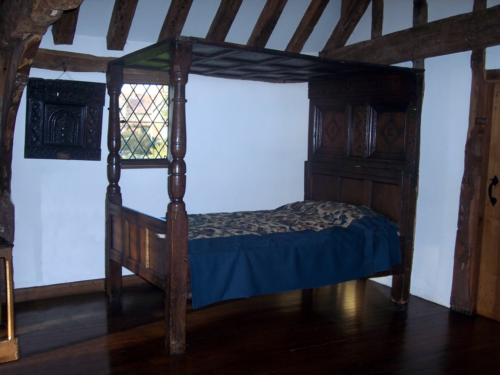 17th century bedroom Diane Earl NEN