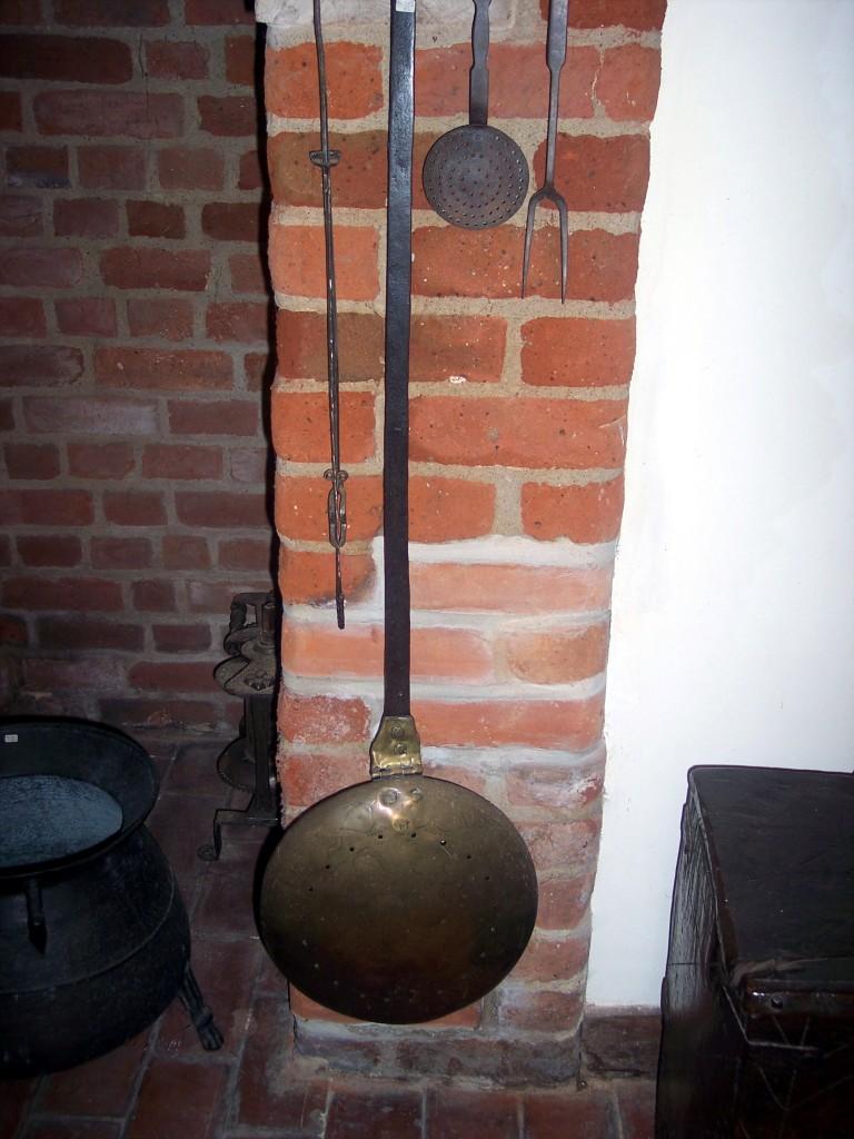 Brass roasting pan skillet toasting fork Diane Earl NEN